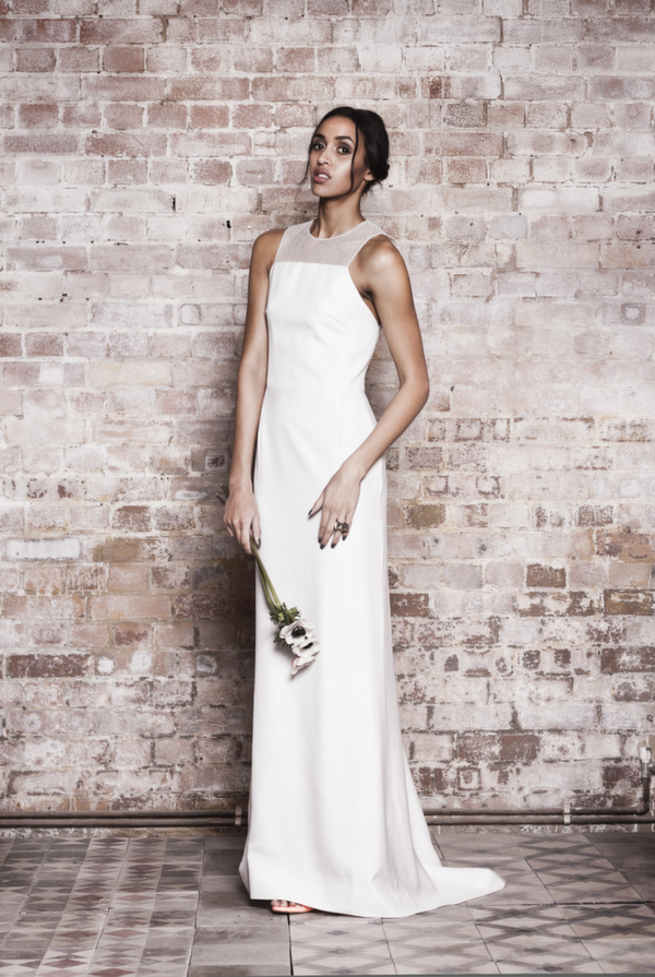 contemporary-muscat-london-bridal